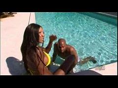 Демид секс в бассейне каникулы в мексике